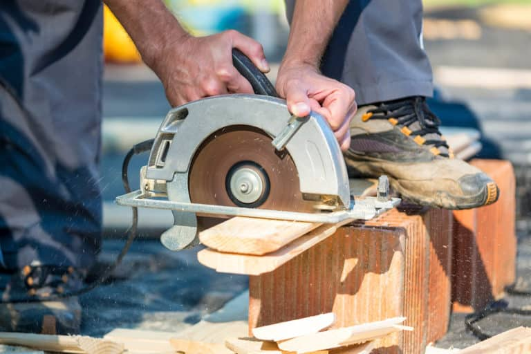 Best Corded Circular Saw of 2021: Complete Reviews with Comparisons
