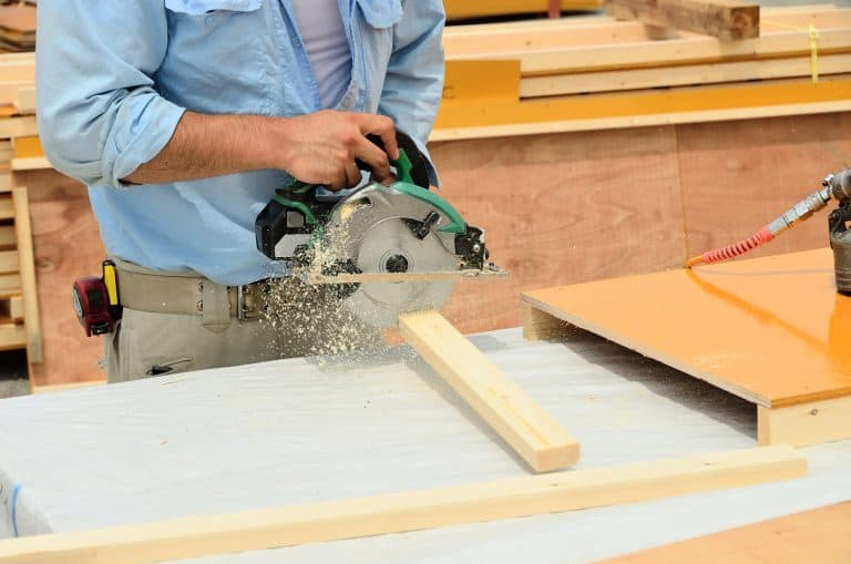 Best Cordless Circular Saw of 2021: Complete Reviews with Comparisons