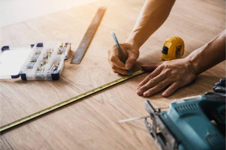 How to Build a Woodworking Bench for Your Home Workshop