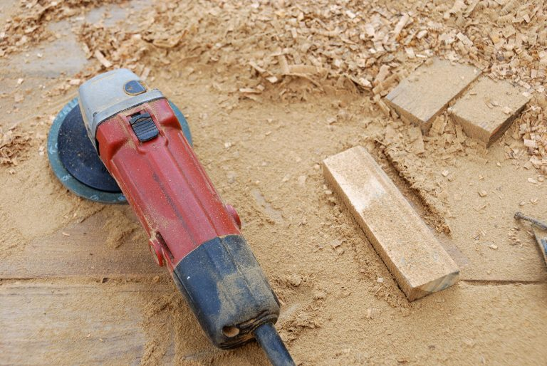 Can Angle Grinders Cut Wood?