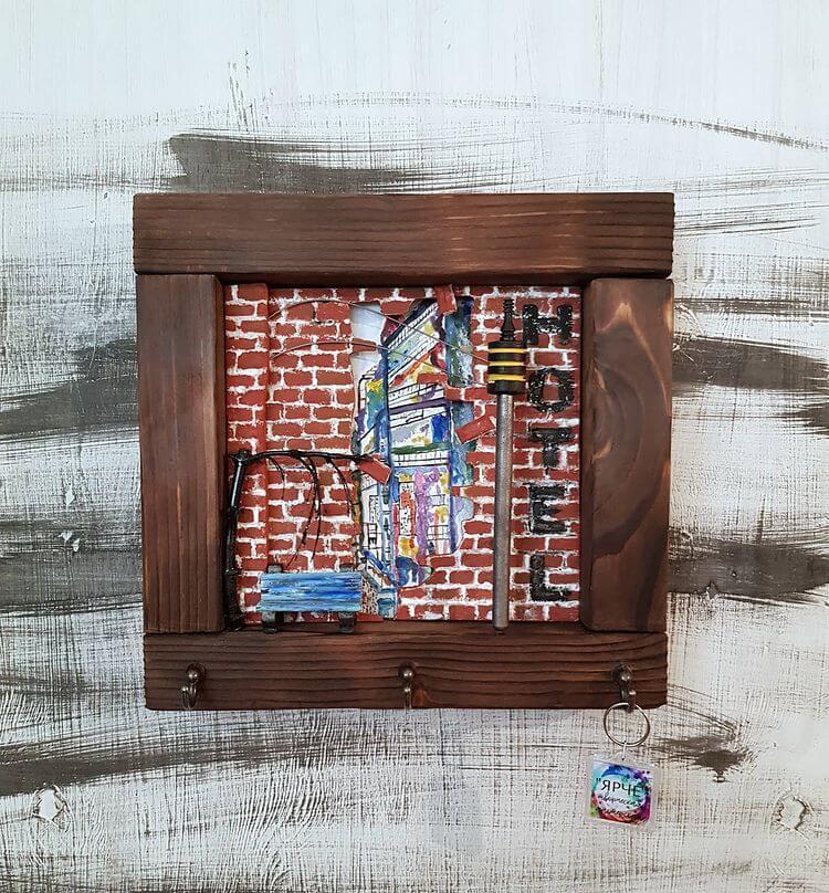 DIY Wooden Wall Key Holder